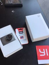 "YI HD 1080p 2,45"" LCD Dashcam + carte 32Go"