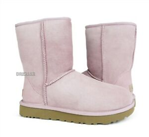 UGG Classic Short II Pink Crystal Suede Fur Boots Womens Size 8 *NIB*