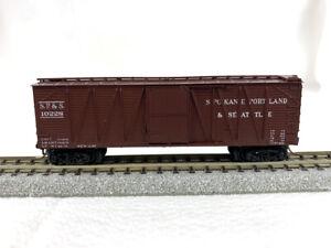 Micro-Trains #28288 - Spokane Portland & Seattle #10228 - Boxcar - Blue Label