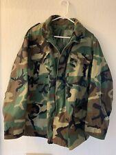 Military Field Jacket Medium Short Woodland Camo BDU. Medium Regular.