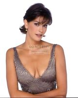 ACTRESS TERI HATCHER - 8X10 PUBLICITY PHOTO (BT093)
