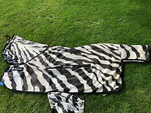 Bucas buzz off zebra fly rug full neck 5'6