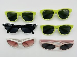 Teddy bear (build a bear) Sunglasses green pink black white played with cond