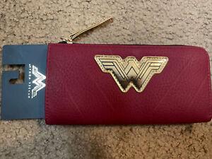 WONDER WOMAN OFFICIAL MOVIE CLUTCH ZIPPER WALLET - NEW Bioworld DC Comics