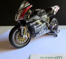 MINICHAMPS 1/12 DUCATI 998R P. Chili 2002 Imola WBK  Motorcycle Moto Bike 1:12
