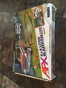Lot Aurora AFX Racing 1980 4x4 Lited Blazer Rallye Flame Thrower & 4 slot cars