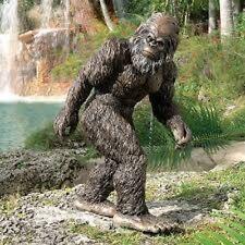 Bigfoot Statue Garden Sculpture Yard Large Yeti Decor Outdoor Sasquatch Toscano