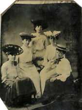 1/6 PLATE  ANTIQUE TINTYPE PHOTO PORTRAIT OF FIVE YOUNG WOMEN WEARING HATS