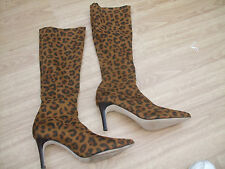 BODEN ANIMAL PRINT POINTY STRETCH  BOOTS SIZE ==SIZE 42==8
