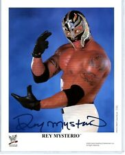 WWE REY MYSTERIO JR P-784 HAND SIGNED AUTOGRAPHED 8X10 PROMO PHOTO WITH COA