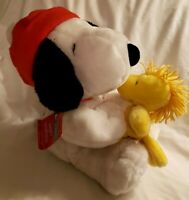 PEANUTS Christmas Holiday SNOOPY Hugs WOODSTOCK Hallmark Plush Stuffed Animal