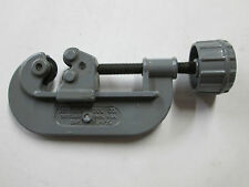 Perfect Parts HD Pipe & Tubing Cutter - 1-1/8'' Capacity
