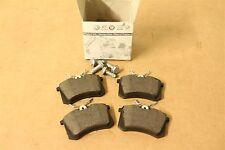 Rear brake pads for 256x22mm vented discs Passat S3 TT 4B0698451 Genuine Audi