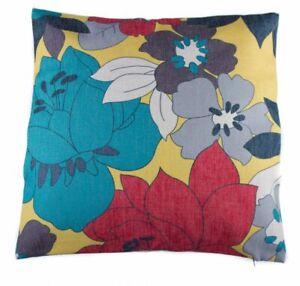 Floral Decorative Pattern Cotton Linen Cushion Cover