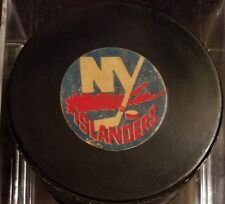 Vintage Art Ross Converse New York Islanders Puck 1969-77 hole drilled thur back