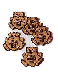 A163 Pack of 15 Little Pocket Hugs Teddy Bear Heart Christmas xmas card token