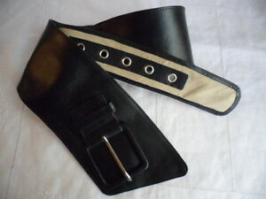 BRAND NEW BLACK GENUINE LEATHER LOOP BELT with LARGE WIDE BUCKLE 75 to 87 cm