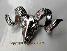 D7 Goat Rams Head Skull with Horns Lapel Pin Badge Brooch