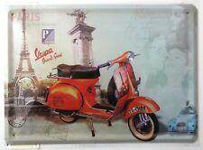 Vespa Rouge Scooter Rétro Plaque métal, PARIS à thème.