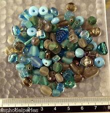 Mélange de perles de verre artisanales variées turquoise gris 50g