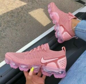 Nike Air Vapormax Flyknit 2 Pink SIZE 8 Women's BRAND NEW