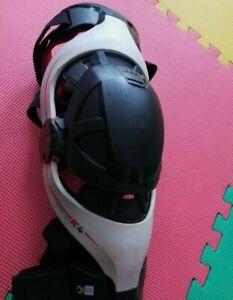 Pod k4 knee brace