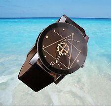 "Montre homme "" Engrenage "" bracelet look cuir noir quartz  + 1 pile offerte V10"