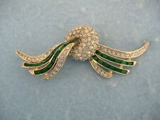 Pin With Green And Clear Crystals Silver Toned Art Deco Design Brooch Or