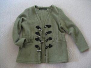 Damen  Walk- Jacke grün Gr. 38/40, TOP neuwertig