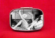 FLAPPER PIN UP GIRL 1920'S ZELDA FITZGERALD EYELASH METAL PILL MINT BOX CASE