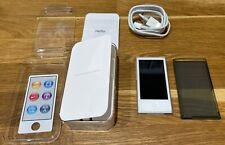 Apple iPod Nano 7TH generazione 16GB-ARGENTO-MODELLO A1446 Bluetooth Nuovo di zecca