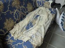 Très grande étole ancienne soie crêpe Georgette blanc cassé bas brodé festonné