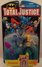 DC Total Justice Series 1 Aquaman With Gray Trim Blasting Hydro Spear (MOC)