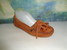 MINNETONKA Brown Suede Leather Moccasins Beaded Thinderbird Slippers WOMENS 6.5