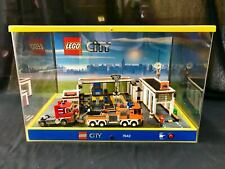 LEGO CITY Garage 7642 DISPLAY STAND