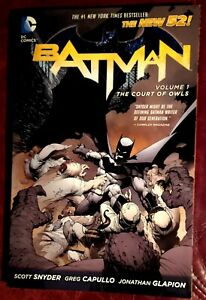 Batman - THE COURT OF OWLS Volume 1 - Graphic Novel TPB - DC NM+ 9.6+ WOW