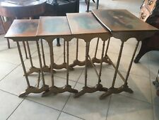 Table gigogne dorées Table d'appoint Table de salon Tables peints a décor galant