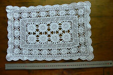 Vintage CROCHET CENTRE Cotton WHITE Rectangle 8 55mmMotives Approx 27x40cm LF1R