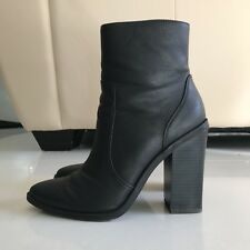Black Pointed Boots