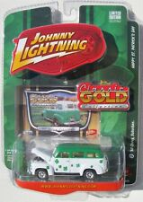 JOHNNY LIGHTNING CLASSIC GOLD 1950 CHEVY SUBURBAN HAPPY ST. PATRICK'S DAY