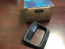 1974 1975 1976 1977 1978 MUSTANG II NOS SEAT BELT RETAINER BLACK NOS FORD