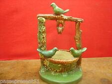 Joli ancien puits, oiseaux, Vallauris