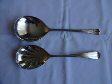 VINTAGE SILVER PLATED SERVING SPOONS SPOONS x 2