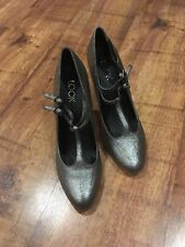Mary Jane Heels. Leather. LOOK. New , size 6