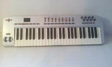 M-AUDIO Oxygen 49 Midi-Keyboard mit 49 Tasten