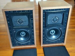 Pair Chartwell LS3/5A BBC Monitor Speakers, Early 15-Ohm Original (Rogers)