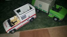 Lot Playmobil 5681 Rescue Ambulance & 5938 Recycling Garbage Truck C-1400 2011