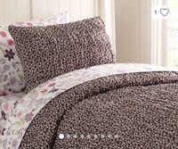 Pottery Barn Emmaline Print Pillow Shams Set of 2 Standard Cool Multi New