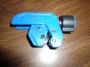 """Kobalt pipe cutter 1/8- 1 1/8""""  3-28mm"""