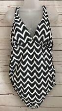 Liz Lange Maternity Women's Graphite/White Chevron Print 1 Piece Swimsuit Sz XXL